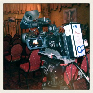 JVC GY-HM790E Camera op Secced statief